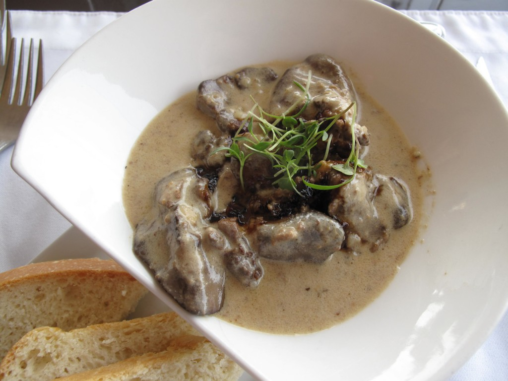 Port soaked chicken livers creamy port sauce home baked bread
