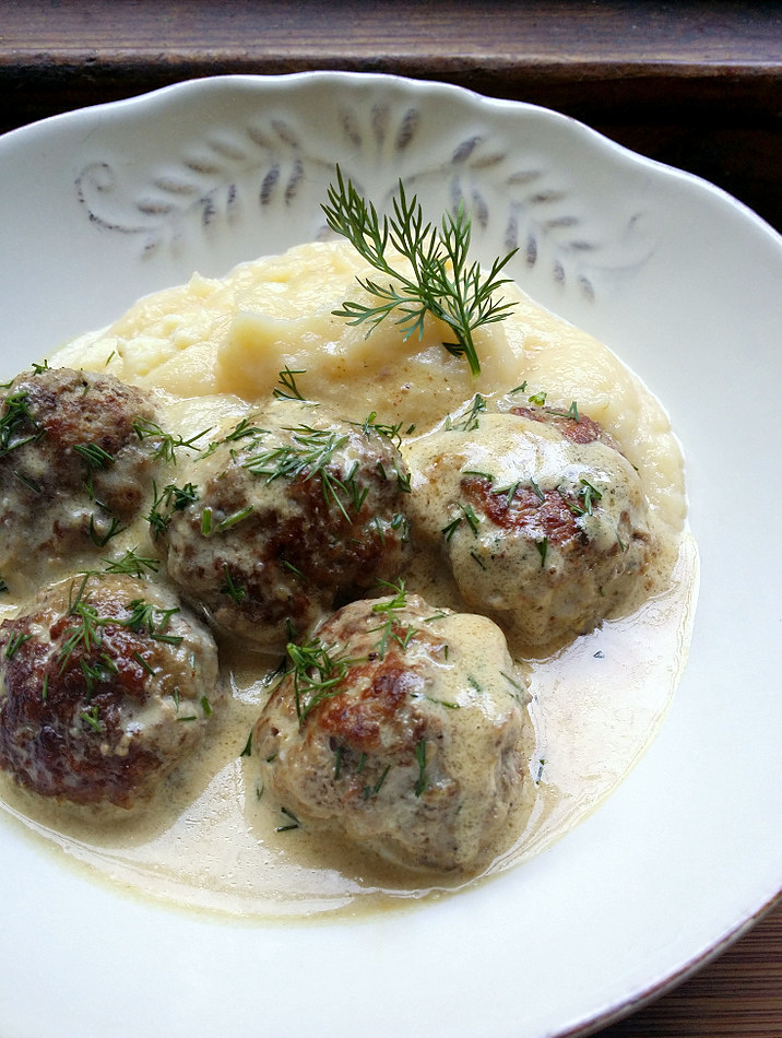 Jane-Anne Hobbs;s Low Carb Swedish Style Meatballs with cauliflower mash