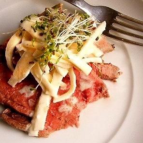 Jane-Anne Hobbs's Roast Beef Fillet with Creamy Celeriac & Horseradish