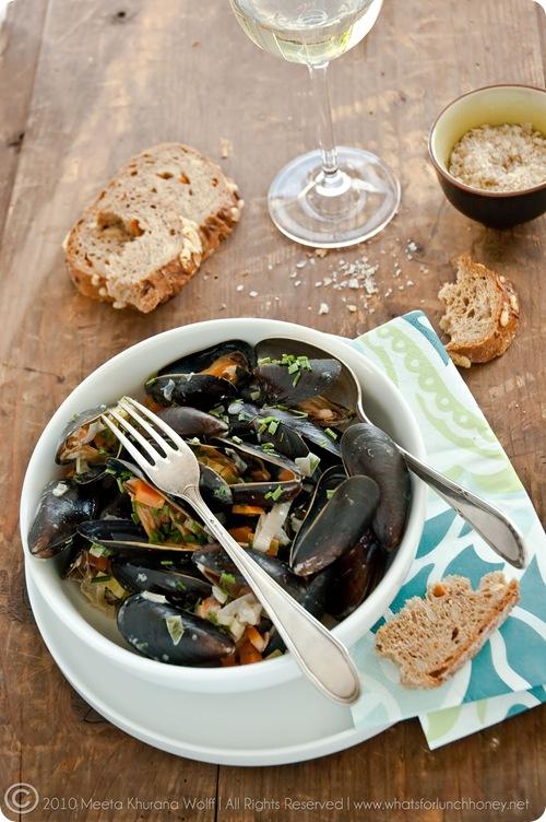 Meeta K Wolff's Mussels i a Creamy Garlic Sauce