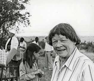 Elspeth Huxley on the set of The Flame Trees of Thika