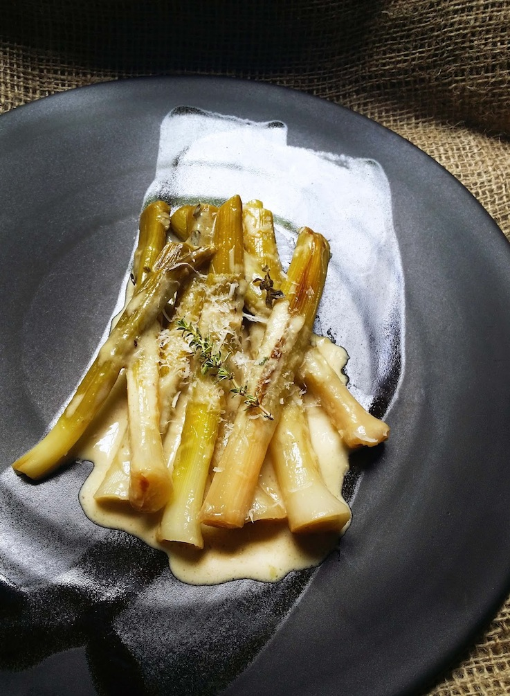 Jane-Anne Hobbs's Wine-Braised Leeks with Cream, Thyme & Parmesan ...