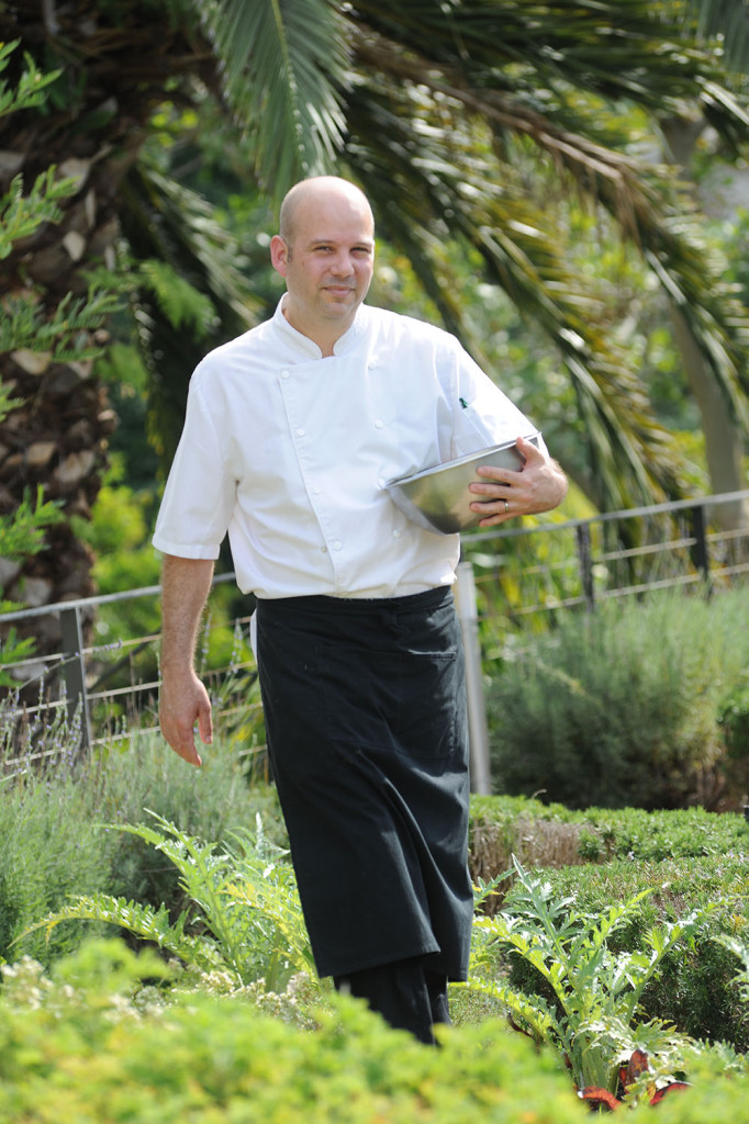 The-Vineyard-Hotel-Executive-Chef-Carl-van-Rooyen-682x1024