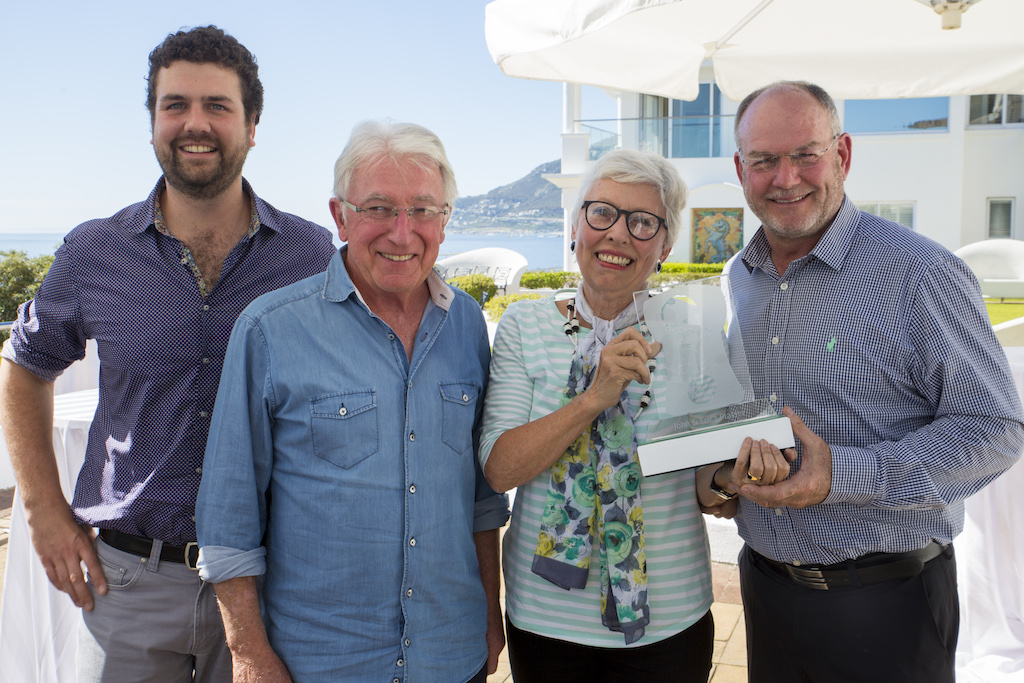 john-and-erica-platter-with-the-frans-malan-legacy-trophy-they-are-flanked-by-left-francois-jacques-malan-and-francois-malan-respectively-grandson-and-son-of-the-late-frans-malan