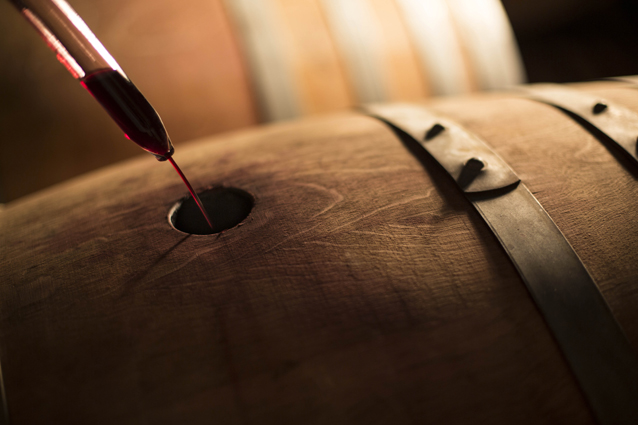 red-wine-barrel-lr