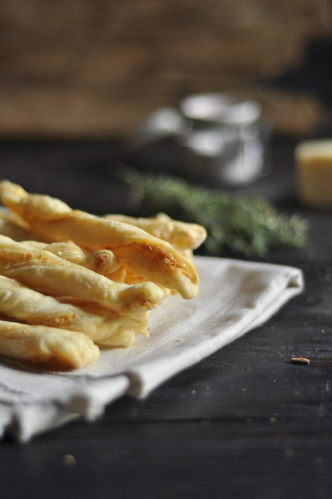 smokey-cheese-straws-2-768x1156