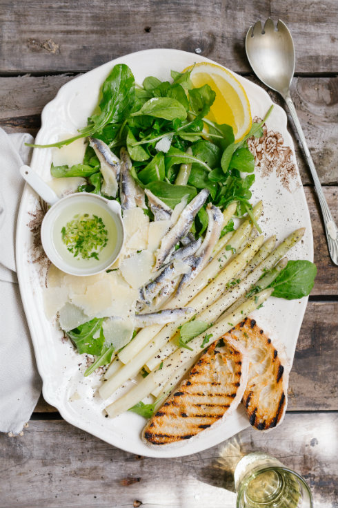 white-anchovy-asparagus-parmesan-salad